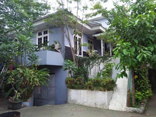 Dijual Rumah Mewah Plus Gudang di Cibubur (1)