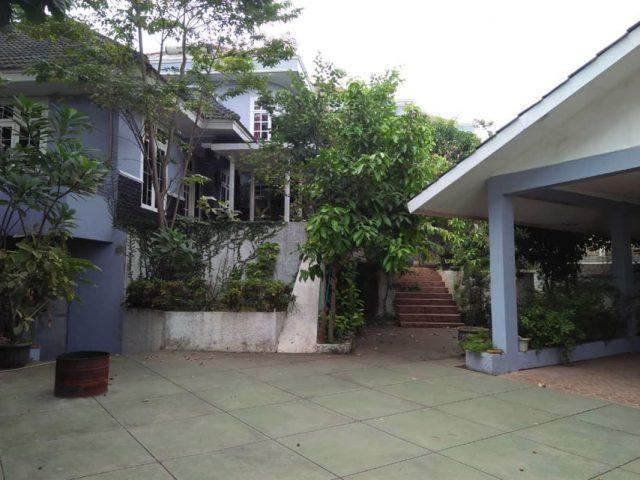 Dijual Rumah Mewah Plus Gudang di Cibubur (5)
