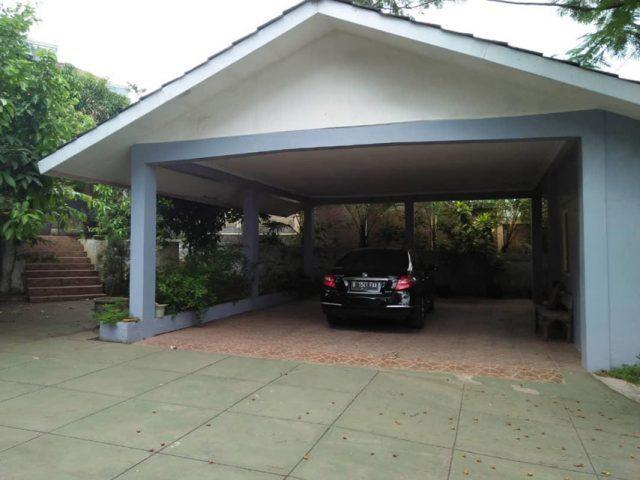 Dijual Rumah Mewah Plus Gudang di Cibubur (6)