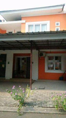 Rumah terawat siap huni di perumahan kota wisata (3)
