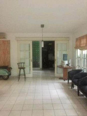 rumah baru renovasi siap pakai di perumahan kota wisata cibubur (9)