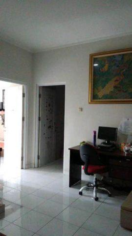 rumah dalam cluster 2 lantai mewah siap huni di kota wisata cibubur (4)
