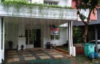 rumah minimalis siap huni lingkungan asri di perumahan kota wisata cibubur  | Hub Lidia : 0822 2136 0606