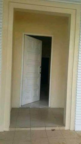 rumah minimalis terawat cocok buat pasangan muda di kota wisata cibubur (3)