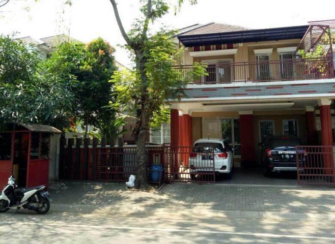 rumah siap huni 2 lantai terawat asri di kota wisata cibubur (1)