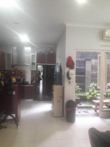 rumah siap huni 2 lantai terawat di kota wisata cibubur-10